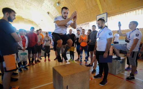 Битва Сибири 2017 в Омске - прыжки на ящик